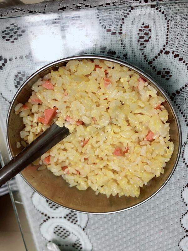 色泽金黄的蛋炒饭的做法