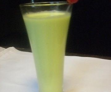 西式饮品——牛油果汁 *OCADO  的做法
