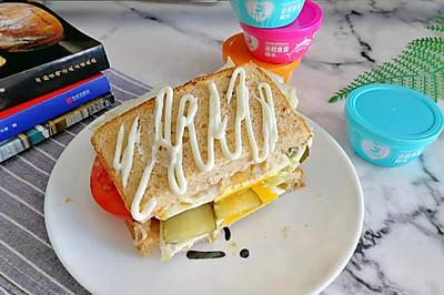 超减脂又营养的金枪鱼三明治