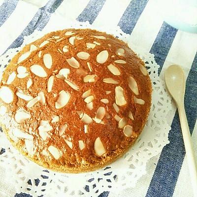 红糖杏仁海绵蛋糕