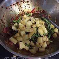 干锅肥肠牛肉的做法图解10