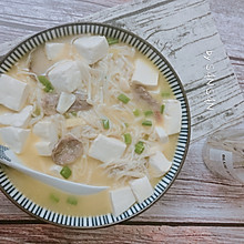 独家#金针菇烧豆腐  鲜嫩爽滑的小白快手菜