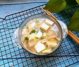 平菇豆腐汤的做法