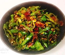 青椒炒毛豆的做法