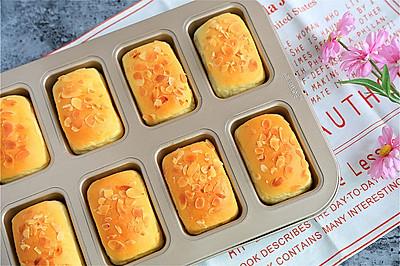 蔓越梅乳酪小餐包
