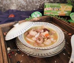 猪事大吉之猪肚鸡汤的做法