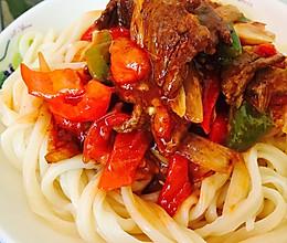 新疆辣子肉拌面的做法