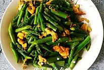 10分钟快手菜~芦笋炒蛋的做法