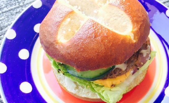 【孤独的留学生】自制牛肉小汉堡