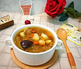 银耳莲子百合汤—快手电饭煲版的做法