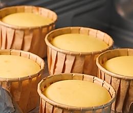 用格兰仕小烤箱做的超级好吃的芝士蛋糕杯的做法