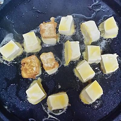 茄汁豆腐的做法 步骤3