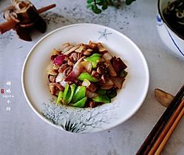 #换着花样吃早餐#快手洋葱炒羊肉的做法