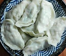 莴苣叶素饺子的做法