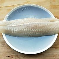 家常酸菜鱼(巴沙鱼)的做法图解2