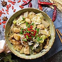 #快手又营养,我家的冬日必备菜品#五花肉炖白菜