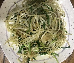 绿豆芽炒韭菜肉丝美肌肤利湿热降血脂软化血管的做法
