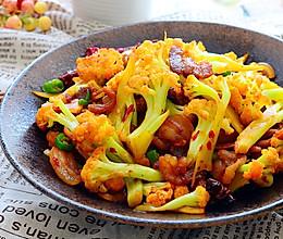 五花肉干煸有机花菜-在家做出饭店的味道#一机多能 一席饪选#的做法