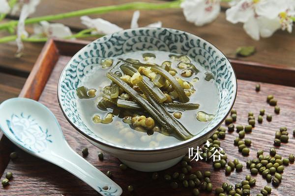 清凉解热的绿豆海带糖水的做法