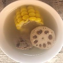 玉米莲藕煲猪骨汤