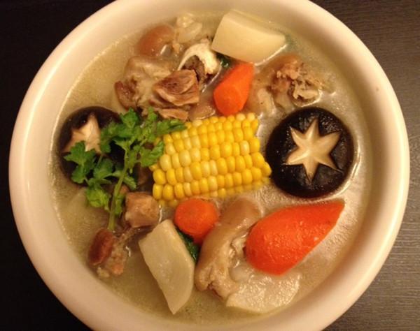 猪蹄汤的做法