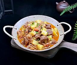 #肉食者联盟#茄汁土豆烩牛肉的做法