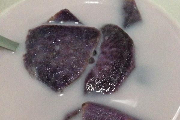 紫薯西米露的做法