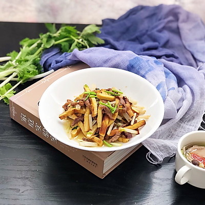 下饭菜-芹菜肉丝炒豆干