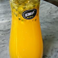 自制百香果蜂蜜汁