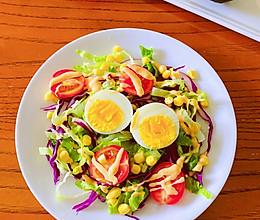 鸡蛋蔬菜沙拉—春天如约而至的做法