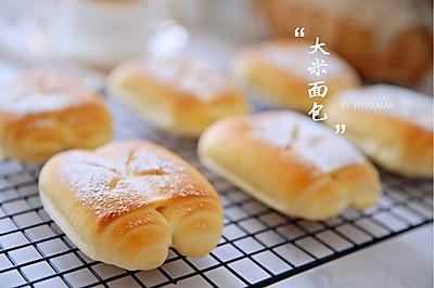 省时省力又美味的大米面包你吃过吗?烤好后满屋飘香,外酥内糯!