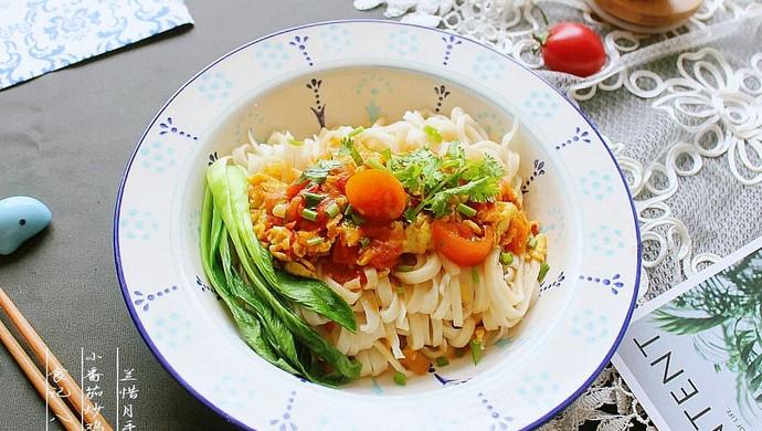 小番茄炒鸡蛋拌手擀面——秋风渐起,来一碗有温度的面