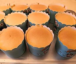 纸杯蛋糕(口感滑嫩)的做法