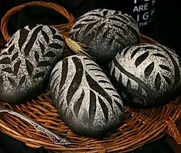 墨鱼软欧面包(四种整形手法):的做法