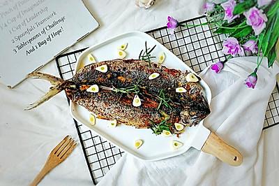 美味油煎鲅鱼,简单快速还不腥不腻~