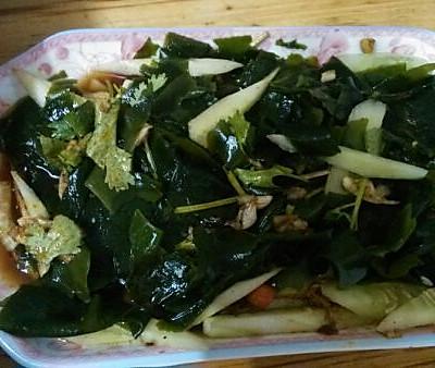 螺旋藻拌黄瓜