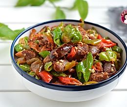 #母亲节,给妈妈做道菜# 辣椒炒腊肠的做法