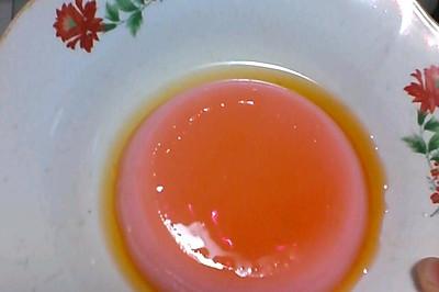 焦糖牛奶蛋草莓布丁