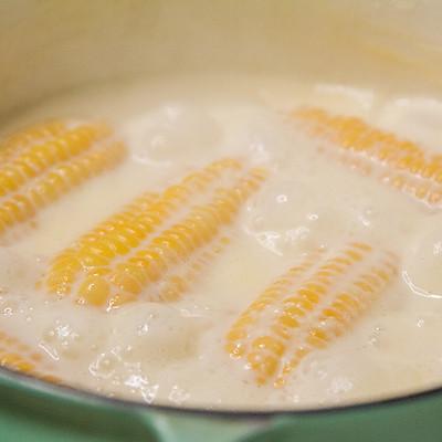 奶香玉米棒的做法 步骤5