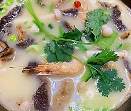 特色长鱼丝(黄鳝)汤的做法