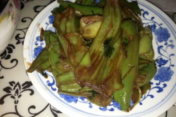香菜虎皮尖椒的做法