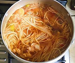 驱寒暖身酸辣汤的做法