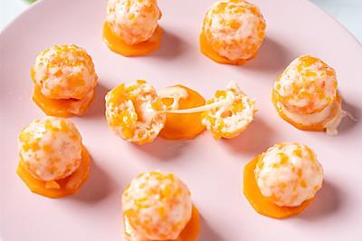 色香味俱全的营养辅食,鲜香细嫩的奶酪虾球,蒸一蒸就能上桌