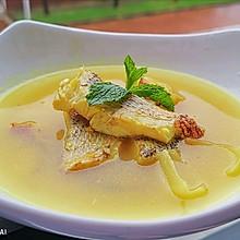 #父亲节,给老爸做道菜#姜黄鲈鱼汤