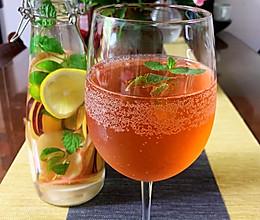 自制水果冷饮(detox water)的做法