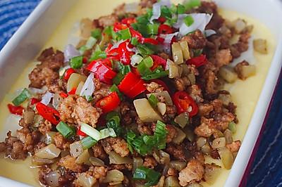 榨菜肉末豆腐鸡蛋羹