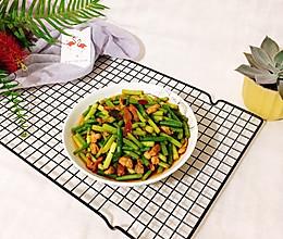 #母亲节,给妈妈做道菜#蒜苗炒肉的做法
