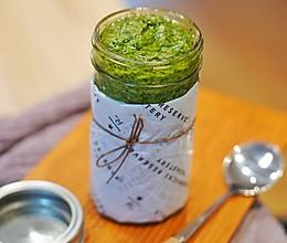 西式酱料| 家庭常备百搭酱料 - 罗勒青酱#硬核菜谱制作人#的做法