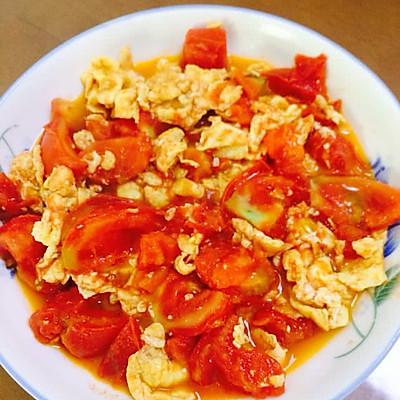西红柿炒鸡蛋(又名,番茄炒鸡蛋)