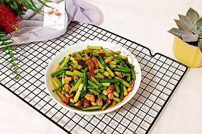 #母亲节,给妈妈做道菜#蒜苗炒肉